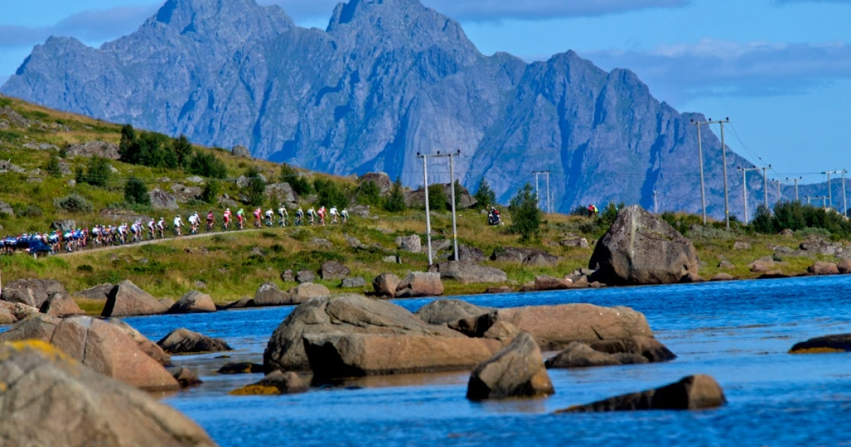 There are few more scenic places in the world to cast a ballot than the Lofoten Islands. But potential riches offshore have turned this tranquil archipelago into a battleground for the future of Norway's oil wealth.</p>