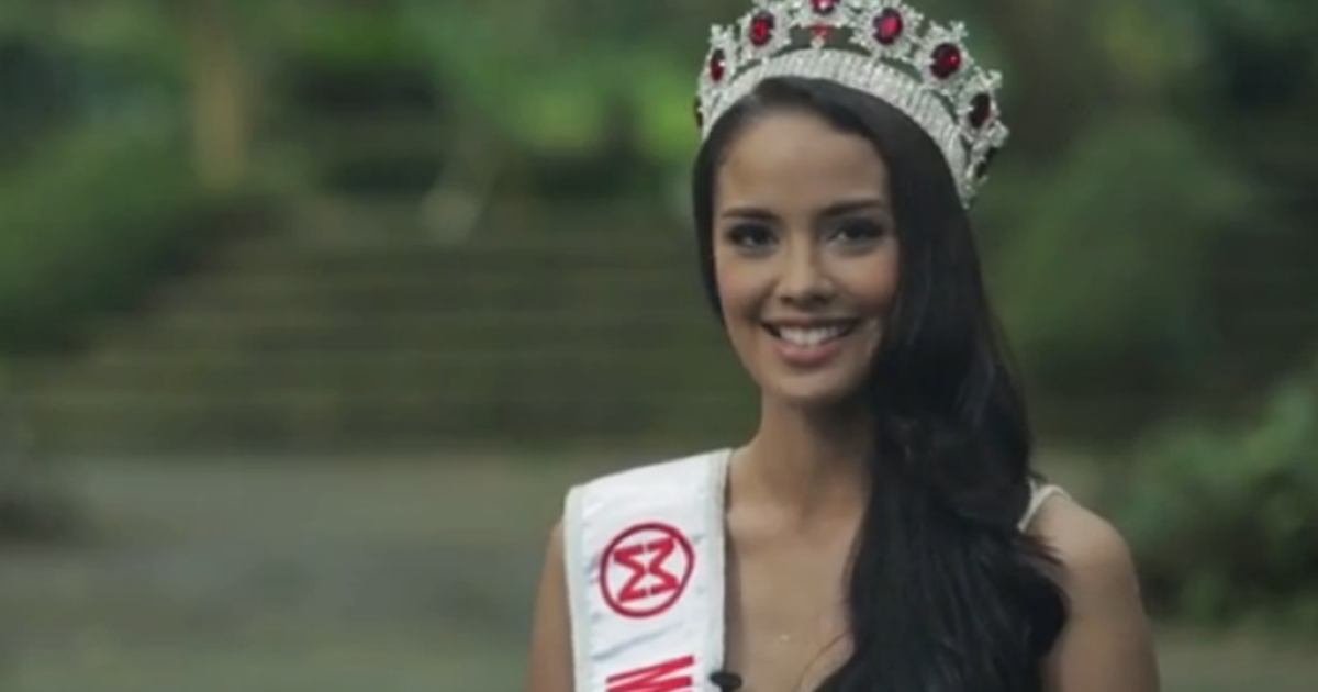 Megan Young of the Philippines was crowned Miss World on Saturday night in Bali, Indonesia.</p>