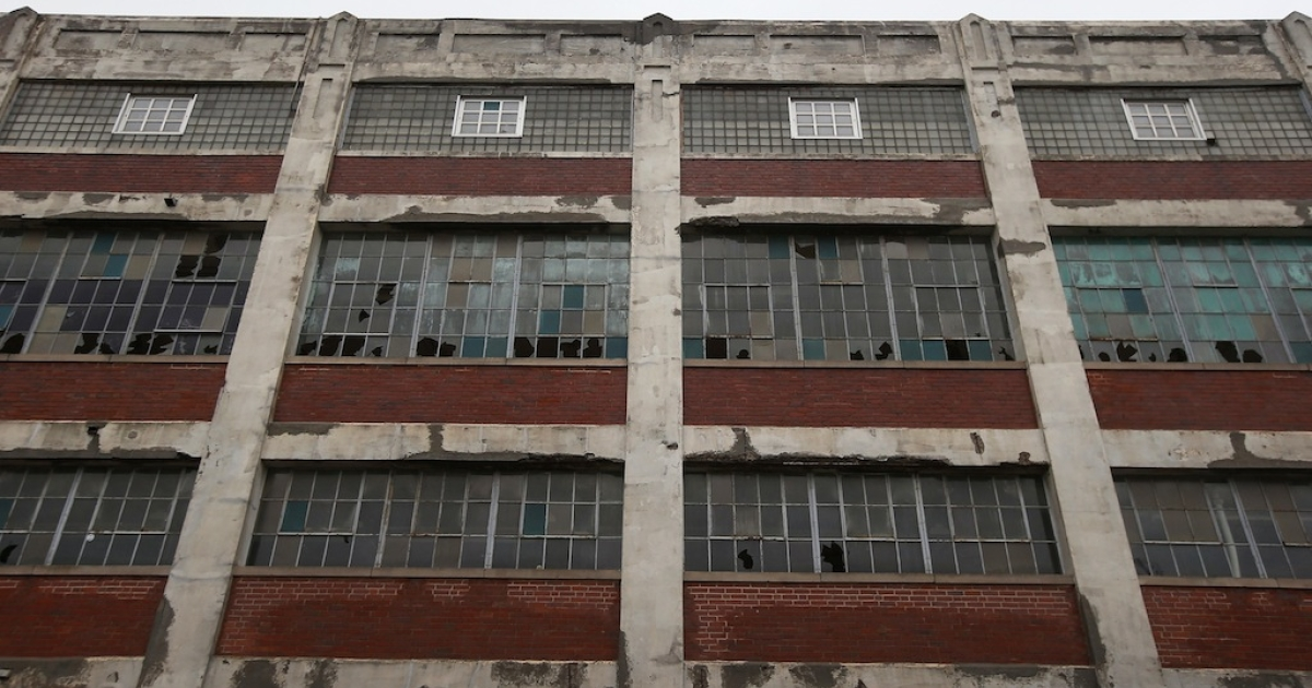 Broken windows mar the long-closed Packard Electric factory in Ohio's rust belt. To escape the long-term economic decline, Ohio native Doug Smith reinvented himself as a consultant to US firms in China.</p>