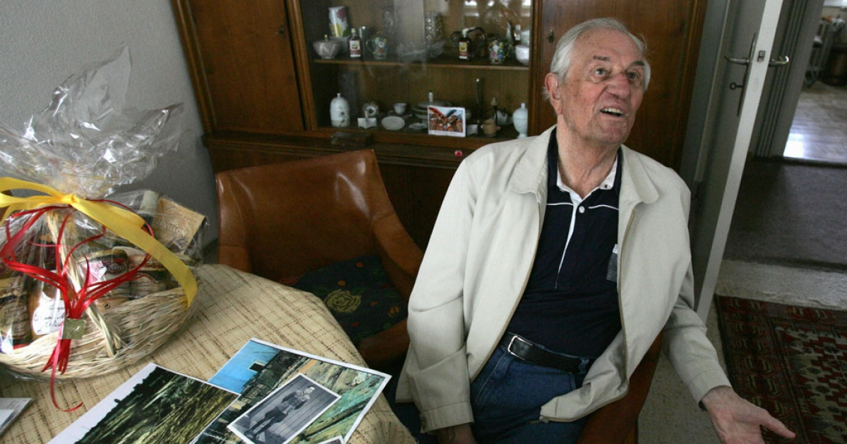 Rochus Misch, a former bodyguard to Adolf Hitler, sits in his Berlin home on May 2, 2005. Misch died on Sept. 5, 2013 at age 96 after a heart attack.</p>