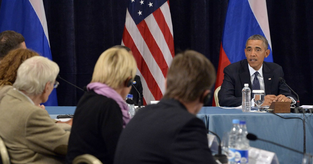 US President Barack Obama holds a roundtable with lesbian, gay, bisexual and transgender activists in Saint Petersburg, Russia, on September 6, 2013 after the G20 summit.</p>