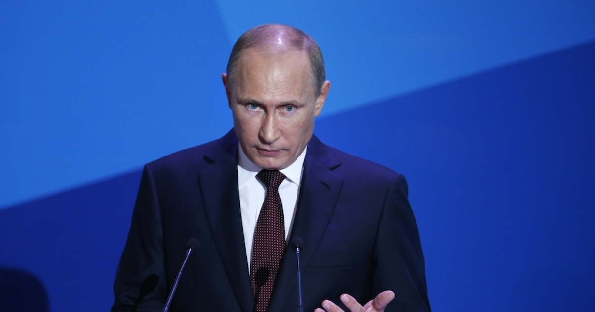 Is this man Nobel Peace Prize material? Russian President Vladimir Putin addresses experts and journalists during the final plenary meeting of the Valdai International Discussion Club in the Novgorod Region, on the banks of Lake Valdai, on Sept. 19, 2013.</p>