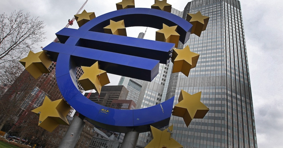 Photo taken on Jan. 10, 2013 shows the euro logo in front of the European Central Bank prior to the meeting of the Governing Council in Frankfurt, Germany. Sentiment toward European equity markets has surged to two-year highs, prompting worries from some analysts.</p>