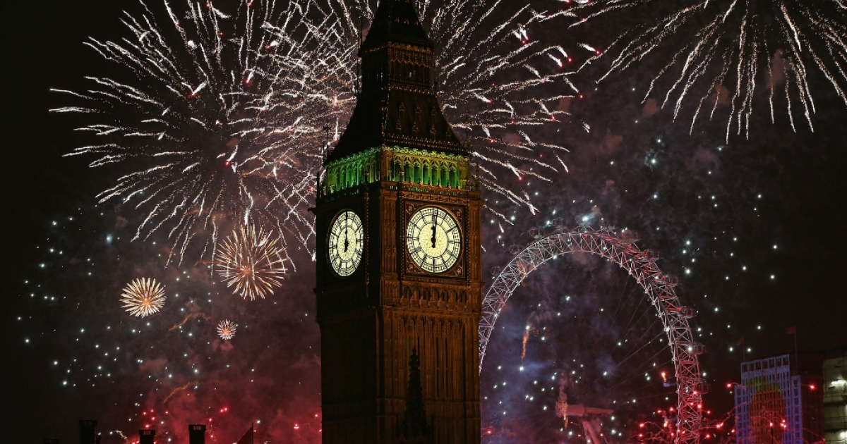 Fireworks light up the London skyline and Big Ben just after midnight on January 1, 2014 in London, England.</p>