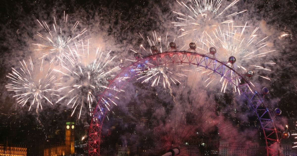Fireworks light up the London skyline and Big Ben just after midnight on January 1, 2013.</p>