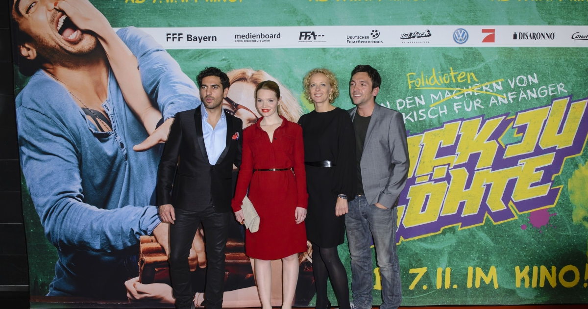 The cast of Fack Ju Gohte at the November premiere.</p>