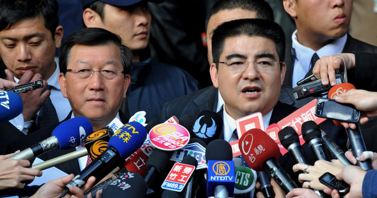 Recycling tycoon Chen Guangbiao, China's most famous philanthropist, says he wants to buy the New York Times.</p>
