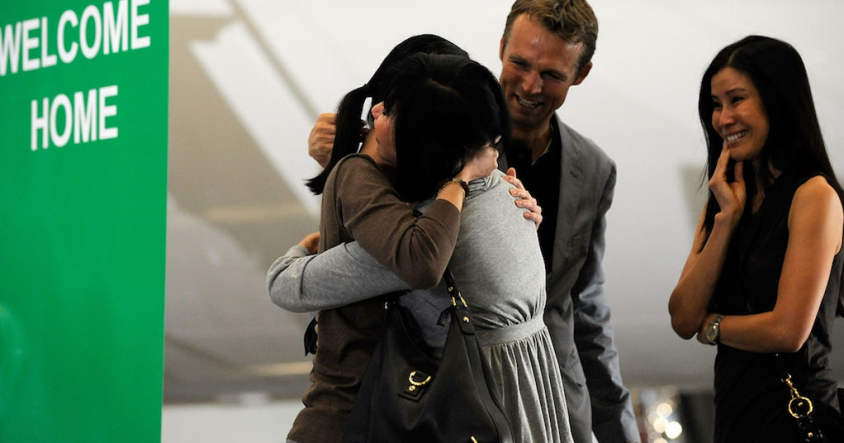 Journalists Laura Ling and Euna Lee arrive at Hangar 25 on August 5, 2009 in Burbank, California after being released by North Korean authorities. They were pardoned by President Kim Jong-Il after a meeting with former US President Bill Clinton. Korean-American missionary Kenneth Bae, the longest-serving American prisoner in North Korea since 1953, is appealing for his own release.</p>