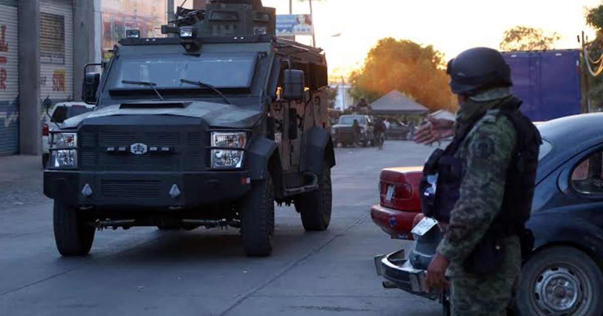 Mexican marines and soldiers in Michoacan on March 9, 2014.</p>