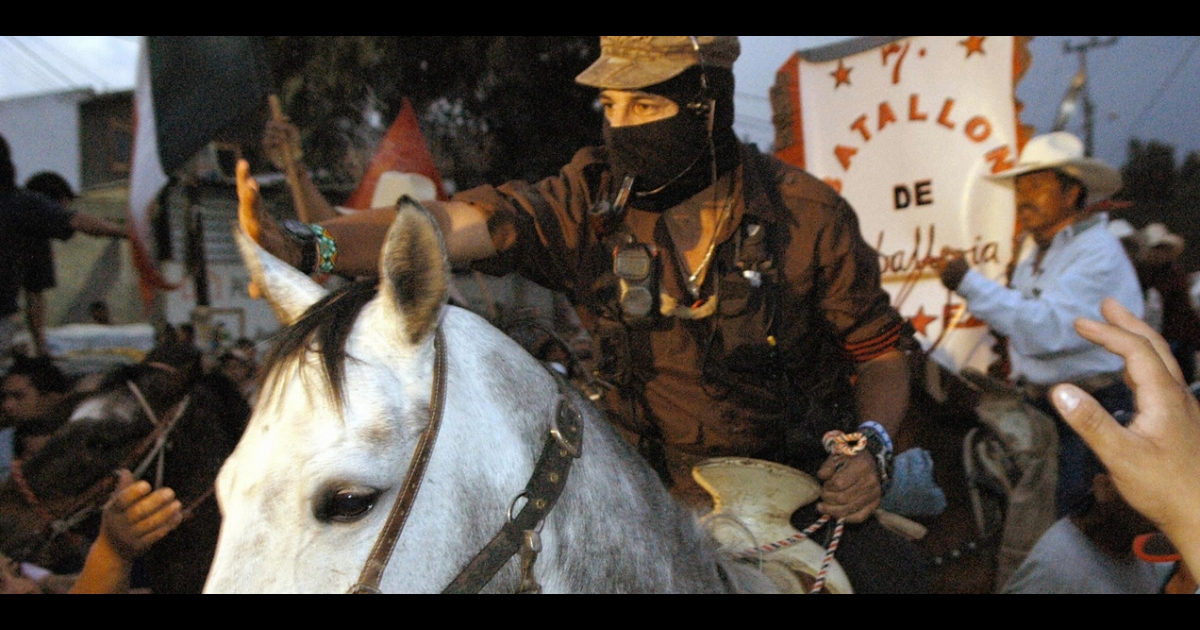 The leader of the Mexican Zapatista Army for National Liberation, Subcomandante Marcos, in San Salvador Atenco, Mexico State, April 2006.</p>