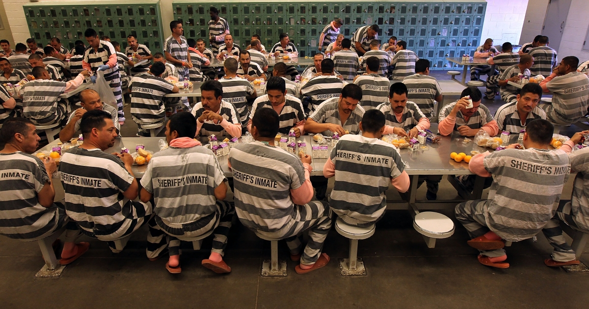 Undocumented immigrants Maricopa County 'Tent City Jail' in Phoenix, Arizona at brunch in 2010.</p>
