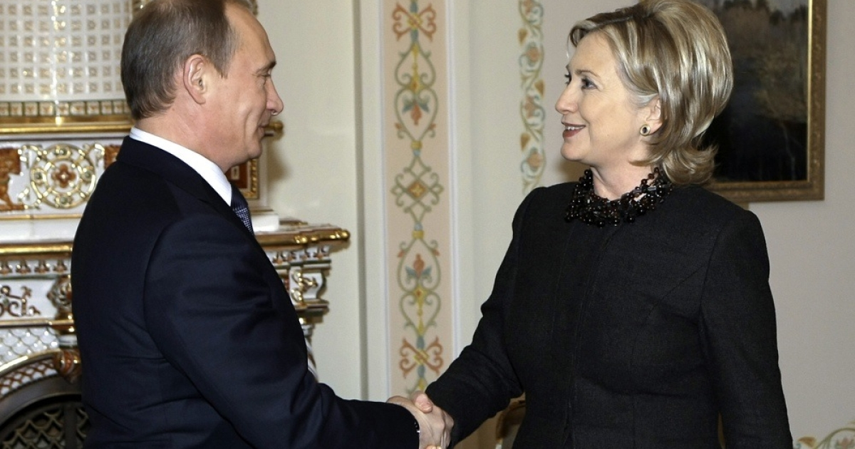 Russian Prime Minister Vladimir Putin and U.S. Secretary of State Hillary Clinton</p>