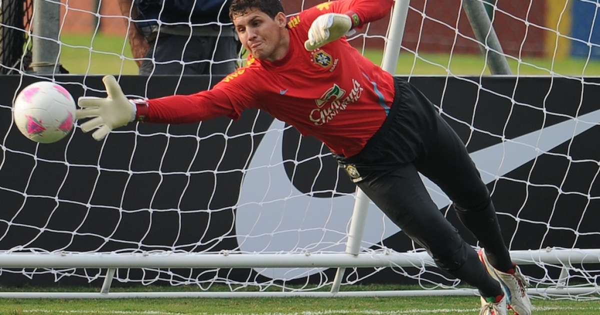 Brazilian goalkeeper Rafael Cabral takes part in a training session of the national team participating in the London Olympics, in Rio de Janeiro on July 12, 2012.</p>