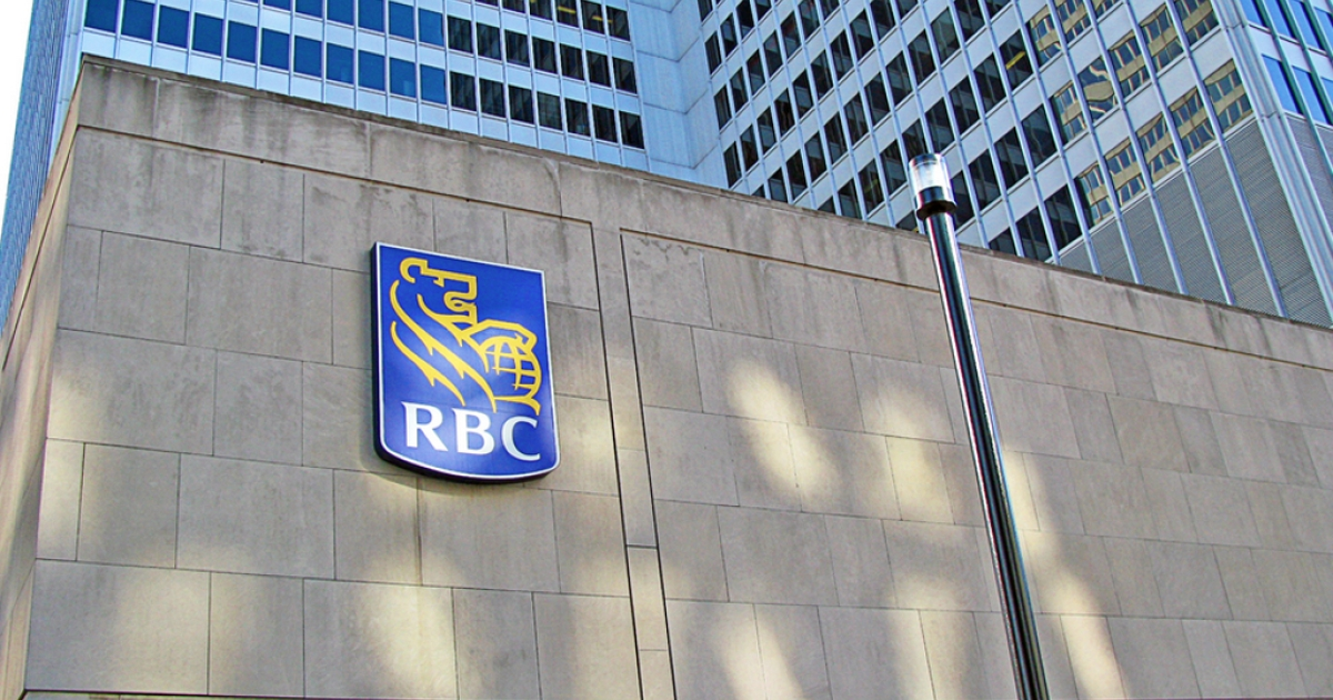 A US regulator is accusing the Royal Bank of Canada, the country's largest bank, of illegal trades in a lawsuit worth hundreds of millions.</p>