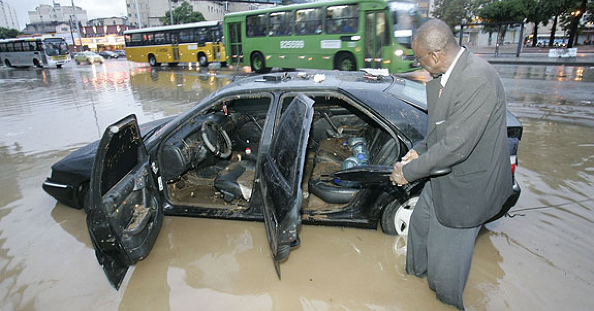 Heavy rains caused flooding in many parts of Rio de Janeiro yesterday.</p>