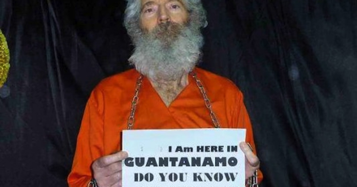 One of the five photos of former FBI agent Robert Levinson sent to his family in 2011.</p>