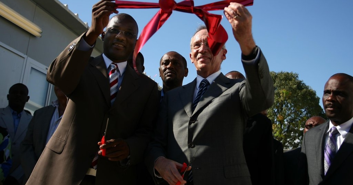 Edmond Mulet (R), head of the United Nations mission in Haiti, and Haitian Sen. Kely C. Bastien (L), inaugurate the facilities of the interim parliament in Port-au-Prince on April 20, 2011. The UN built the structure to serve until the USAID-funded building is complete.</p>