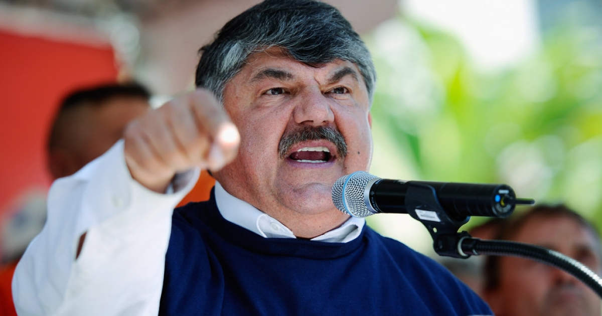 Richard Trumka, AFL-CIO President, speaks to thousands of workers gathered in front of Los Angeles City Hall for a labor rally seeking support of bills intended to create jobs on August 13, 2010 in Los Angeles, California.</p>