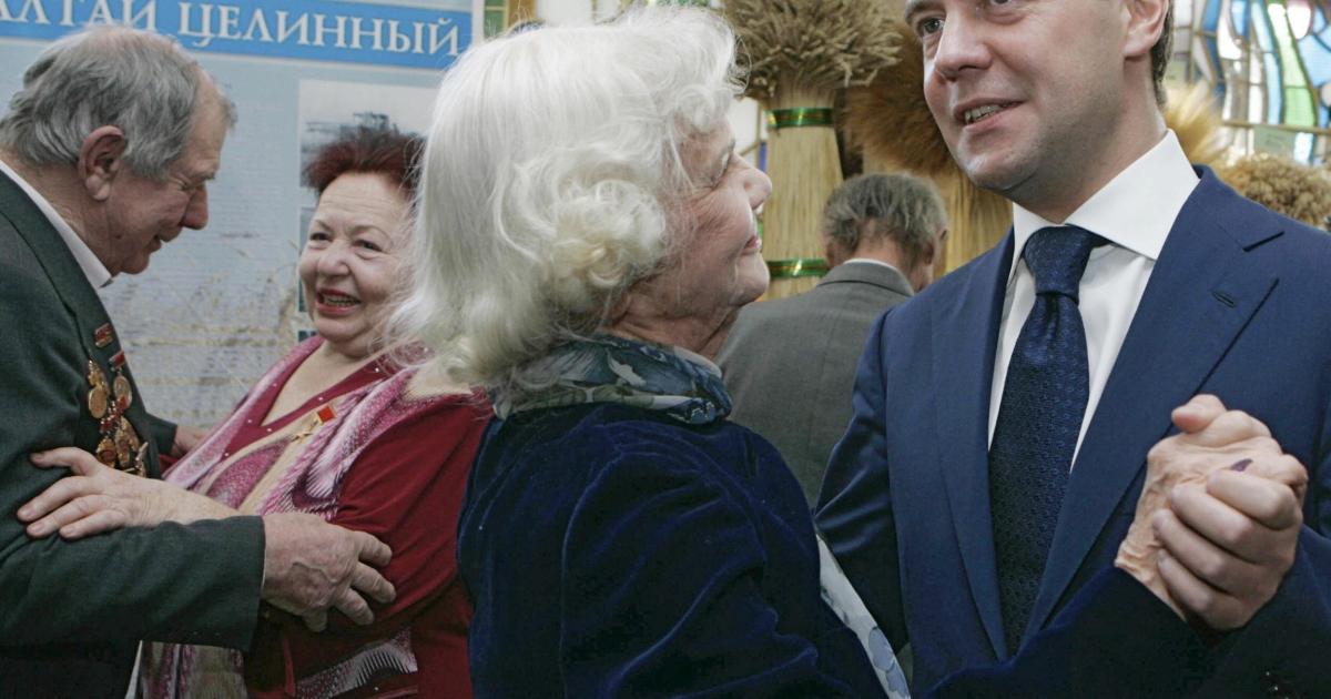 Russia's dancing queen (right).</p>