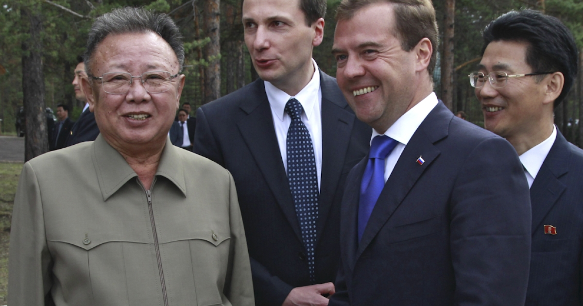 Russian President Dmitry Medvedev (R) speaks with North Korea's leader Kim Jong-Il (L) during a meeting at Sosnovy Bor Military Garrison, Zaigrayevsky District, Buryatia outside Ulan-Ude on August 24, 2011. North Korea's leader Kim Jong-Il on Wednesday met Russian President Dmitry Medvedev in Siberia for secrecy-shrouded summit talks on energy and food aid. The talks got underway at a military base in Ulan-Ude some 3,450 miles east of Moscow.</p>