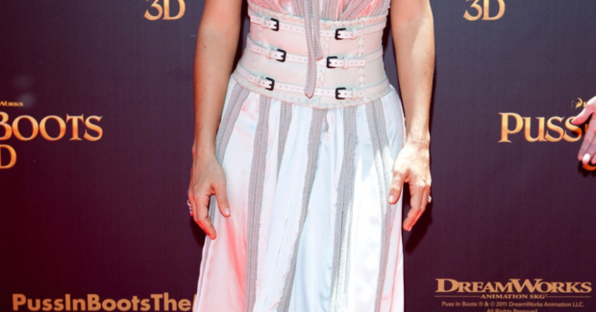 Salma Hayek, who is promoting her new film Puss in Boots, has been appointed to France's Legion of Honor.</p>