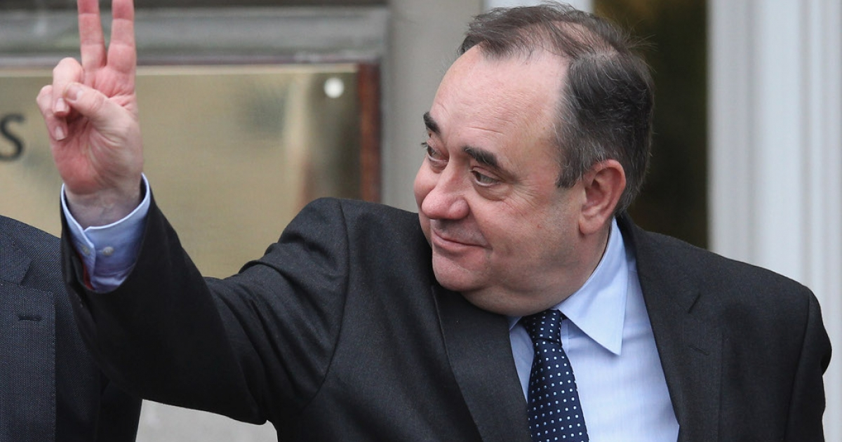 Scottish National Party leader Alex Salmond strikes a Churchillian pose today in Edinburgh.</p>