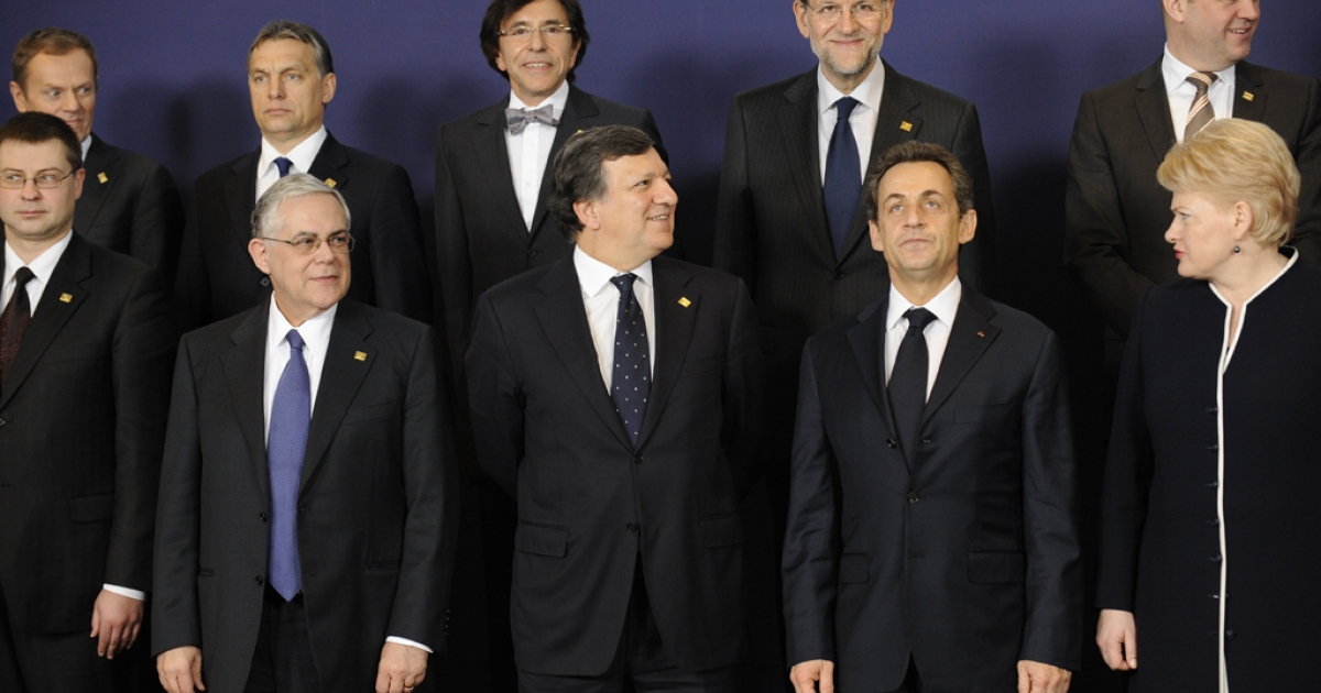 European leaders pose for a family picture before the first working session of a two-day EU summit on March 1, 2012 at the EU headquarters in Brussels. The summit gathering Union's chiefs of state will focus on signing a budgetary pact and to discuss Serbia's EU candidacy.</p>