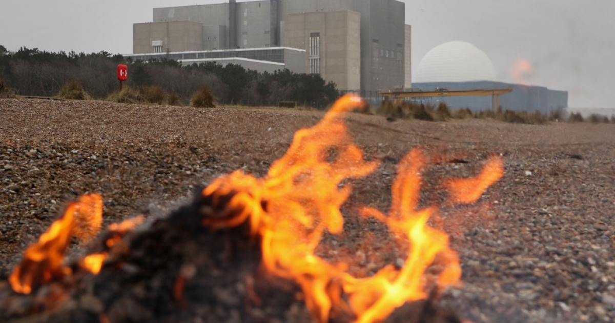It isn't fire that is a threat to some British nuclear plants like Sizewell, it's flooding from rising sea levels.</p>