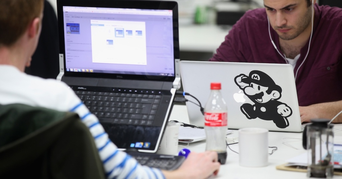 People work at computers in TechHub, an office space for start-up entrepreneurs, near the Old Street roundabout in Shoreditch which has been dubbed 'Silicon Roundabout' due to the number of technology companies operating from the area on March 15, 2011 in London, England.</p>