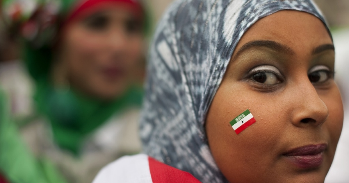 A British-based Somalilander demonstrates for international recognition of Somaliland as world leaders convene in London to discuss possible solutions to the ongoing crises in Somalia.</p>