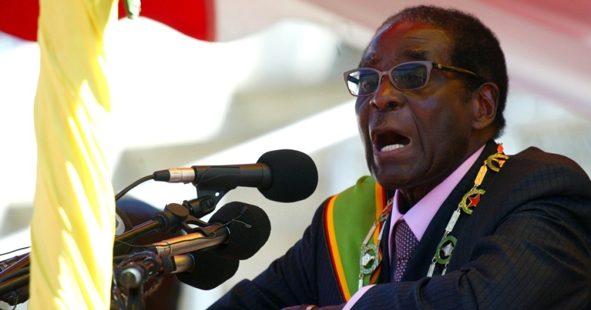 Zimbabwean President Robert Mugabe delivers a speech at a rally to mark the country's 32nd independence anniversary on April 18, 2012 in Harare.</p>