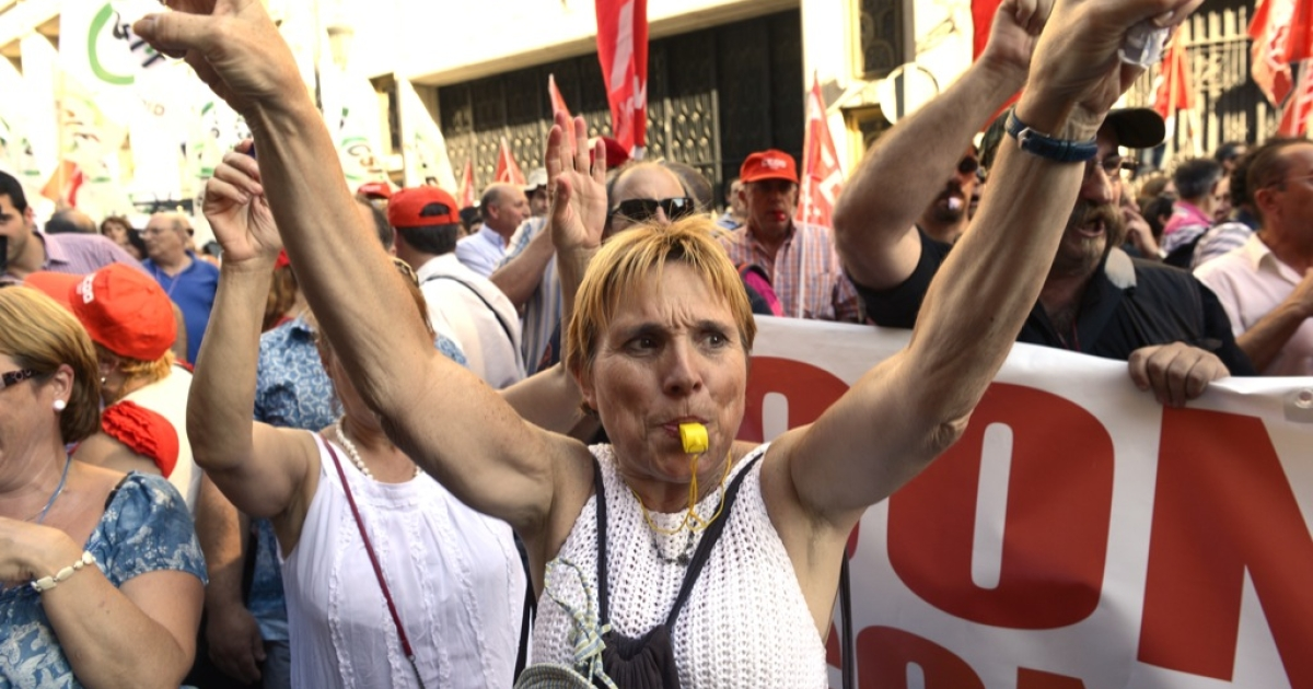 Protesters in Spain. Despite their anger, there's still no will for a comprehensive solution to the euro crisis.</p>
