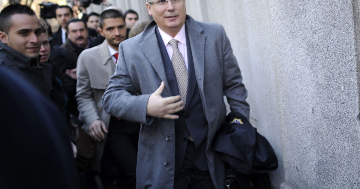 Spanish Judge Baltasar Garzon arrives for his trial at Spain's Supreme Court in Madrid this morning.</p>
