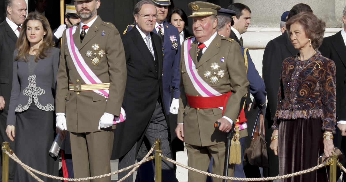 Left to right: Spanish royals Princess Letizia Ortiz, Prince Felipe de Borbon, King Juan Carlos I and Queen Sofia. Some hope future monarchs such as Prince Felipe will draw a line under their parents' excesses.</p>
