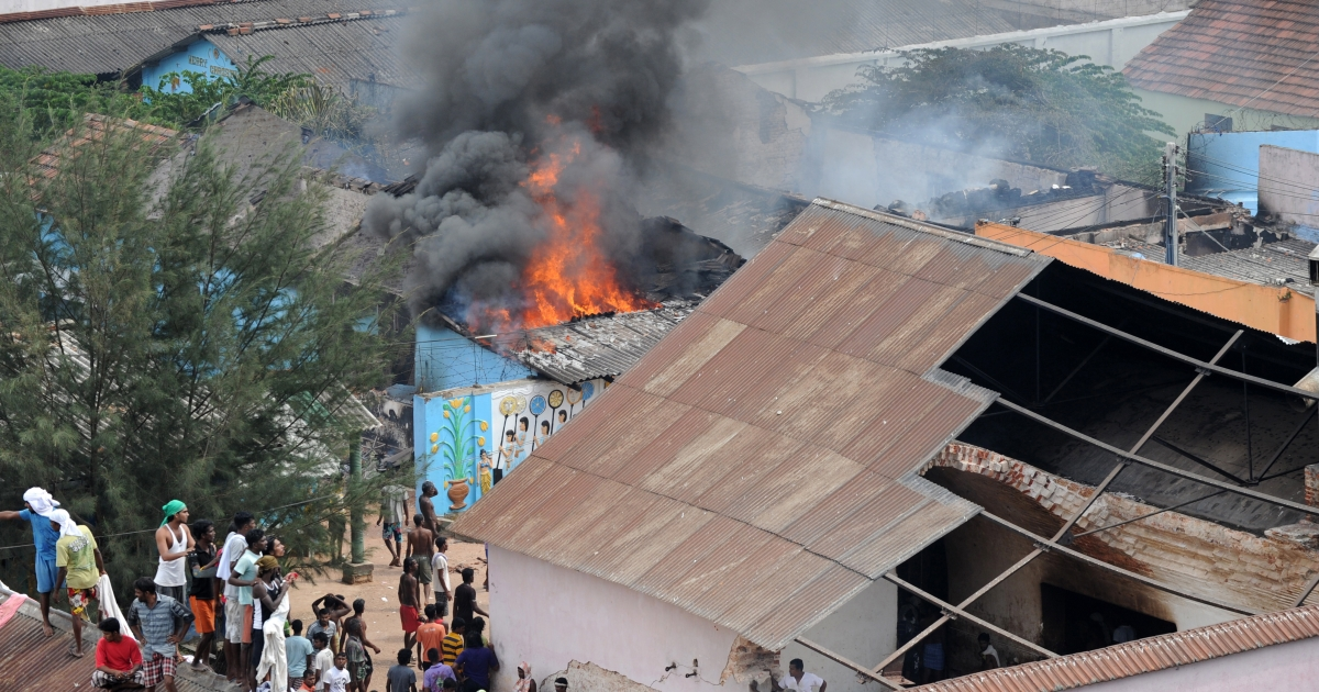 Riots broke out at a Sri Lanka prison in Colombo on Tuesday.</p>