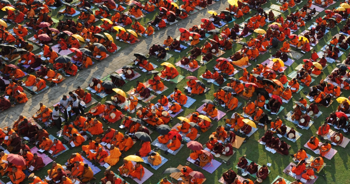 Buddhist monks protest today in Colombo against a US-led move to censure Sri Lanka at ongoing UN Human Rights Council sessions in Geneva.</p>