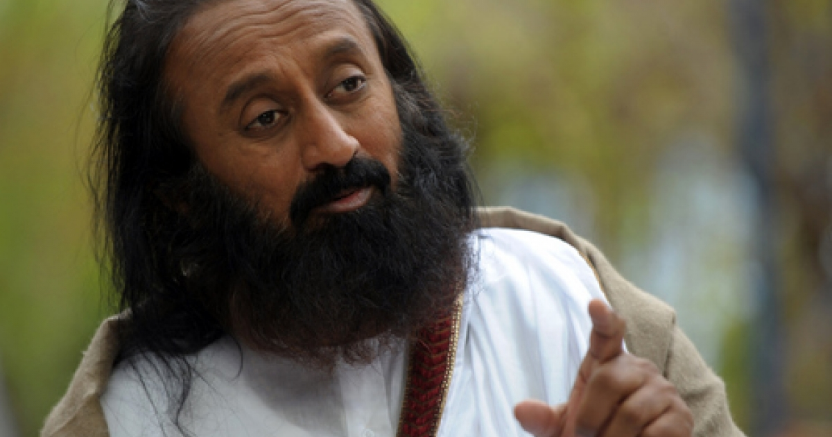 Indian spiritual guru and Art of Living Foundation leader Sri Sri Ravi Shankar advocated privatizing India's government-run schools this week, claiming that their poor quality is responsible for the country's simmering Maoist insurrection.</p>