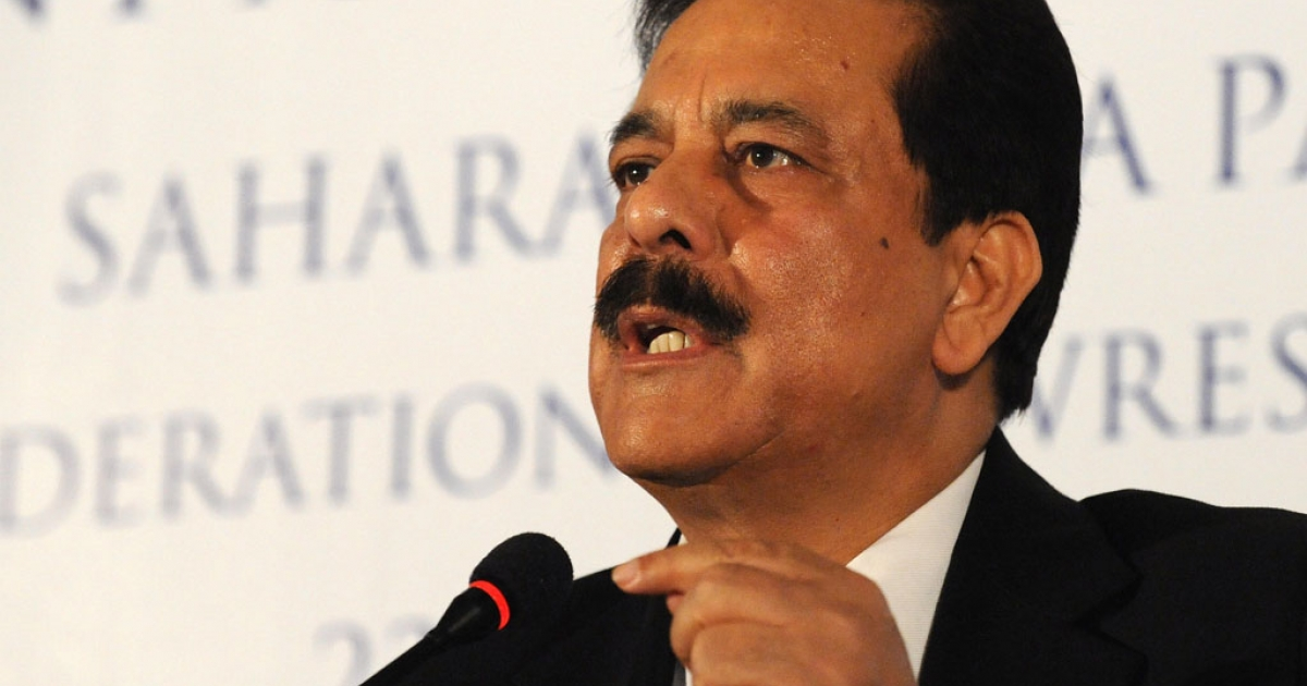 Managing Worker and Chairman of Sahara India Pariwar Subrata Roy Sahara addresses a press conference in New Delhi on February 23, 2009.</p>