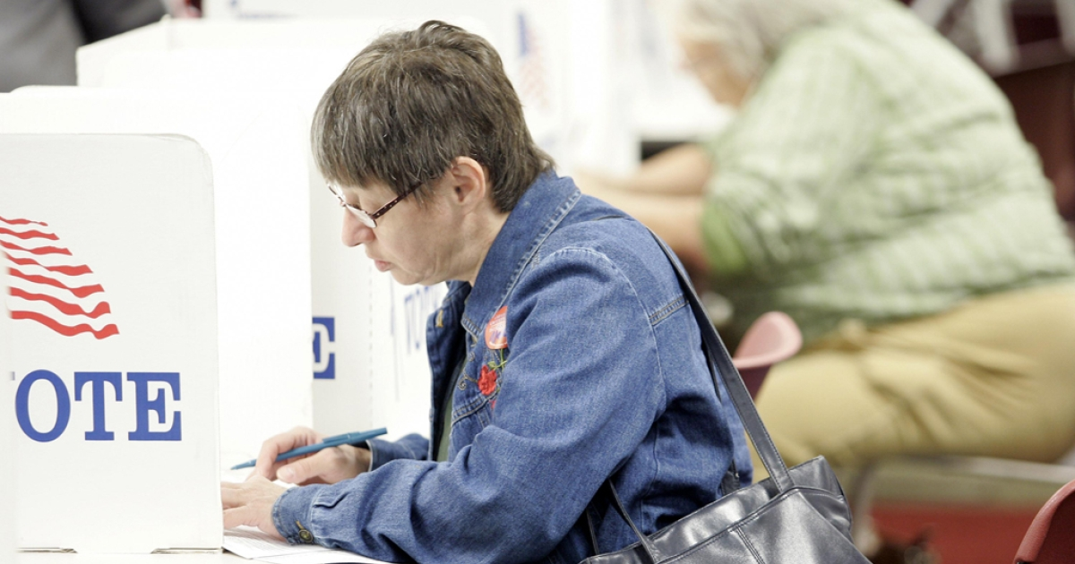 A woman casts her ballot during early voting in Toledo, Ohio in 2008. The Supreme Court sided with Democrats on October 16, 2012, and refused to block early voting in Ohio.</p>