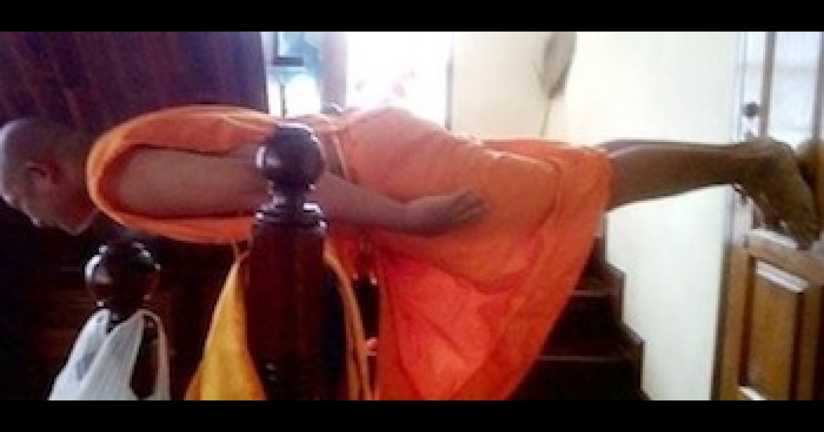 Thailand's senior Buddhism council has condemned this monk, still anonymous, for indulging in the online