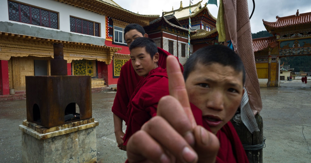Young monks at a monastery in Shanba township in China's Sichuan province, Oct. 19, 2011.</p>