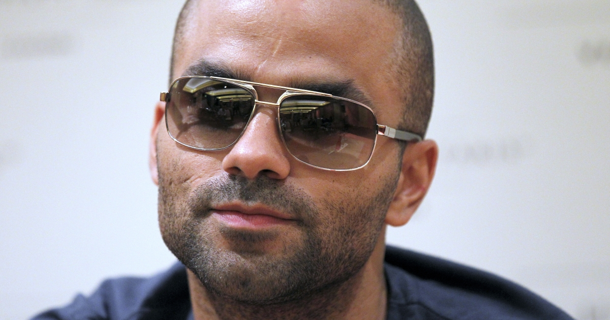 Tony Parker is suing for an eye injury.</p>