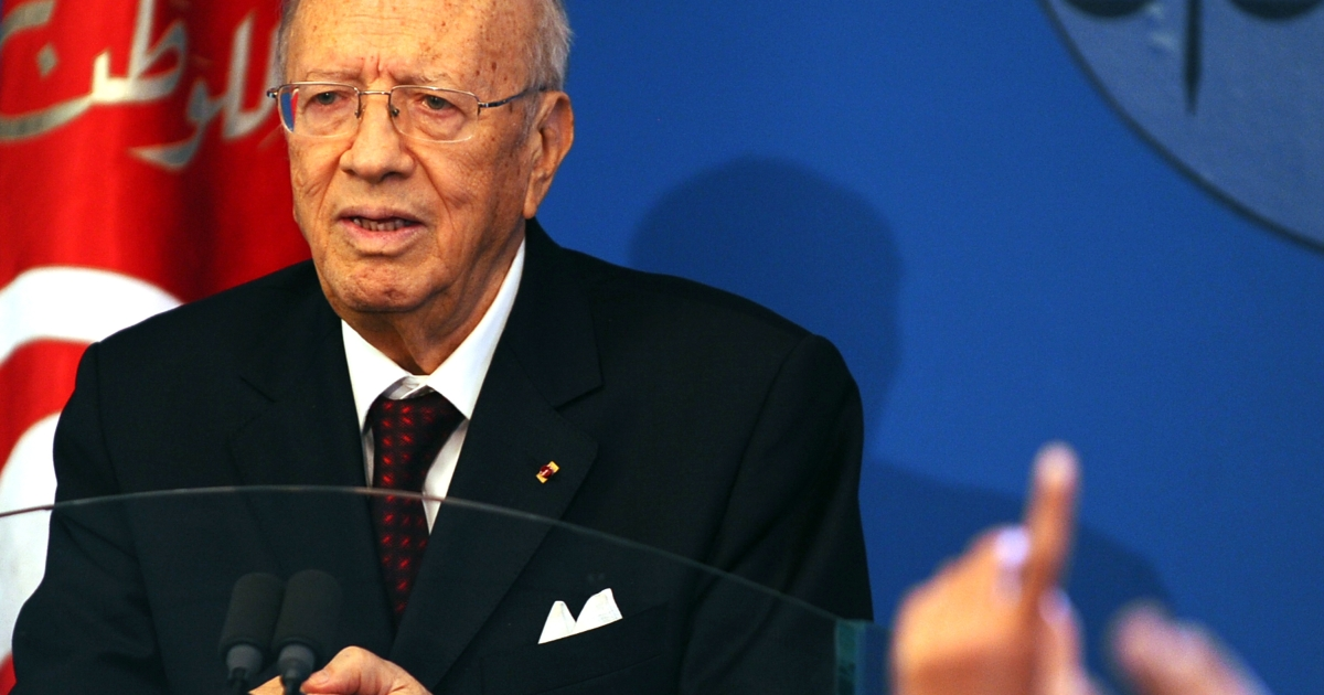 Tunisian Prime Minister Beji Caid Essebsi speaks during a press conference after unveiling the new government on March 7, 2011 in Tunis.</p>