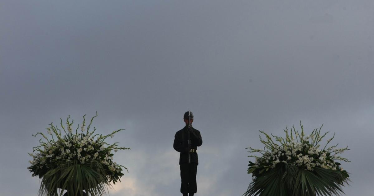 A Turkish soldier stands at the mausoleum of Mustafa Kemal Ataturk, in Ankara, on Oct. 29, 2010.</p>
