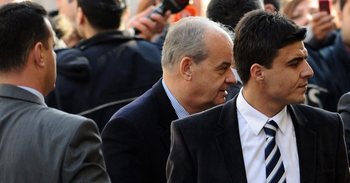 Former Chief of General Staff, General Ilker Basbug (C), arrives at a courthouse in Istanbul on January 5, 2011, to testify as part of an investigation on the creation of an anti-government website by the Turkish Armed Forces.</p>