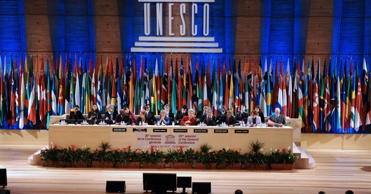 UNESCO members vote for Palestinians to enter as a full member on Oct. 31, 2011 at the headquarters of the organization in Paris.</p>