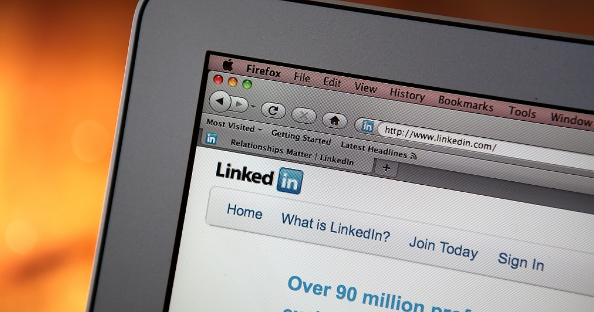 Almost everyone lies at least one on a job application, a Cornell University study has found, but people were less likely to embellish their professional experence on LinkedIn profiles.</p>