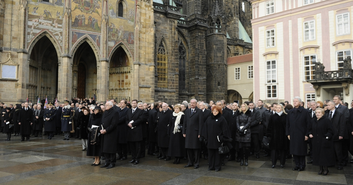World leaders and thousands of citizens gathered for Vaclav Havel's funeral on Friday.</p>