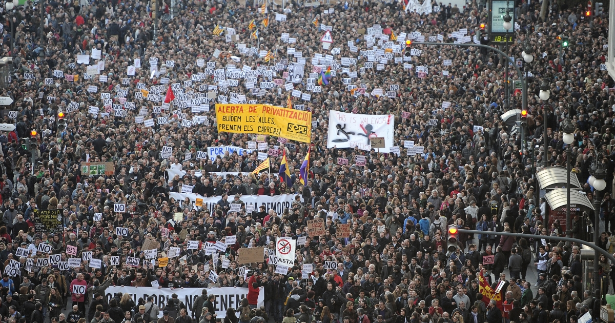 A massive demonstration last week in Valencia Spain.  It was in response to police violence against an earlier demonstration by students protesting austerity cuts to education, and youth unemployment.</p>