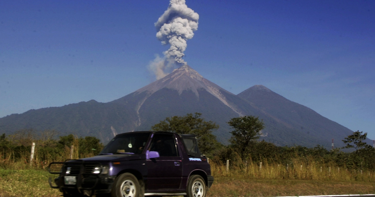 A car near the Volcan de Fuego, located 3,763m above sea level on the Escuintla-Sacatepequez border, some 60km from Guatemala City, on Dec. 25, 2007.</p>